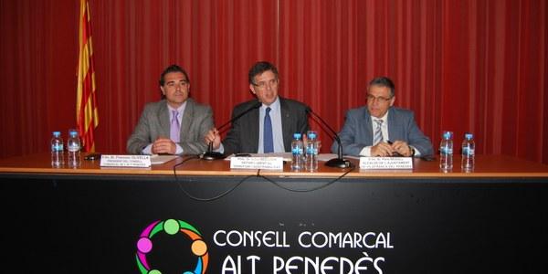 EL CONSELLER RECODER, AMB ELS ALCALDES DE L'ALT PENEDÈS AL CONSELL COMARCAL