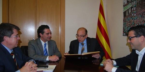El director general d'Administració Local presenta les directrius del nou PUOSC al Consell d'Alcaldes de l'Alt Penedès