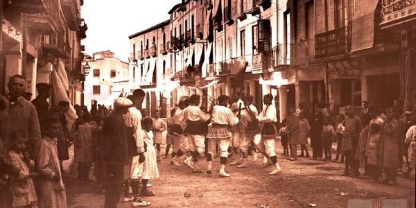 """ES PRESENTA L'AUDIOVISUAL """"RETRATS DE VILAFRANCA 1910-1920"""""""