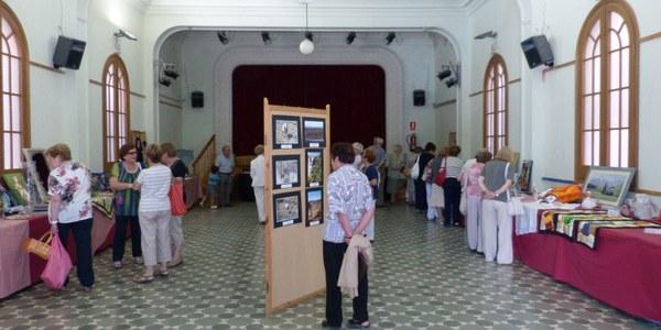 MOSTRACTIVA I EXPOSICIÓ DE FOTOGRAFIES DE LA GENT GRAN A SANT PERE DE RIUDEBITLLES