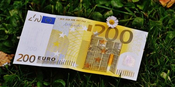 PRESTACIÓ EXTRAORDINÀRIA DE 200 EUROS PER AL PAGAMENT DE SUBMINISTRAMENTS BÀSICS