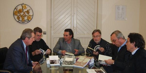 RIUS & RIUS LLIURA AL CONSELL COMARCAL DIVERSES OBRES PER A LES BIBLIOTEQUES DE L'ALT PENEDÈS